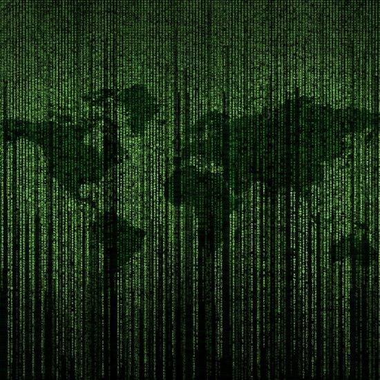 Maailmankartta Matrix-tyyppisellä vihreällä tekstigrafiikalla piirrettynä.